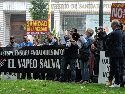 Manifestacion vapeadores ministerio sanidad